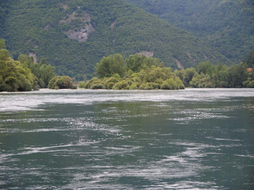 Туга у Братунцу: Малољетник се утопио у ријеци
