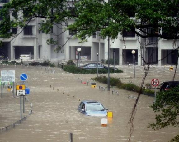 Više od milion ljudi evakuisano zbog tajfuna