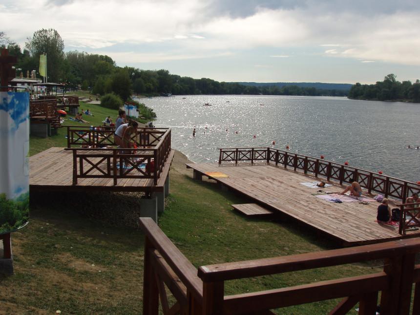 Udavila se dva dječaka na Srebrnom jezeru