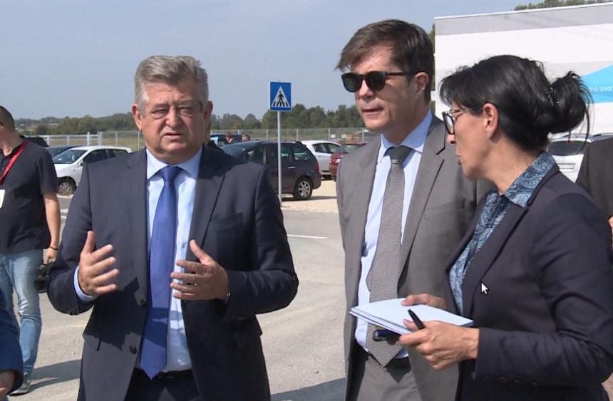 Ambasador SAD danas u posjeti Bijeljini