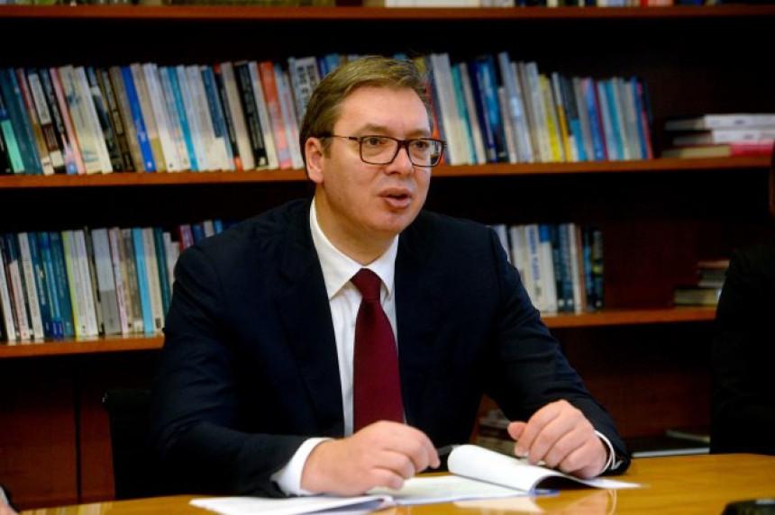 Šta Srbija može da očekuje od Makrona?