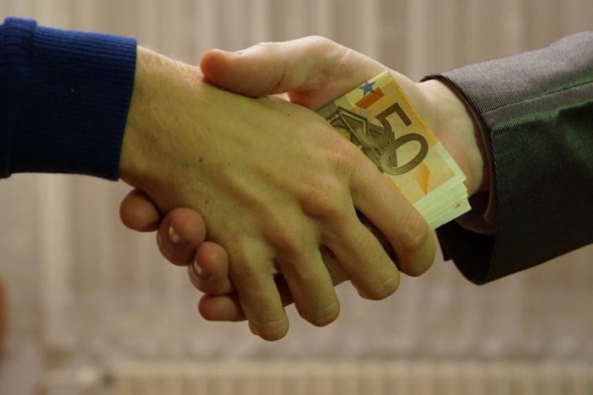 Пријаве корупције на крају заврше у ладицама