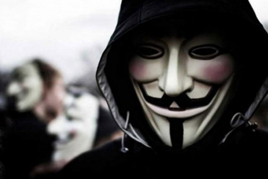 Anonimusi objavili rat Donaldu Trampu