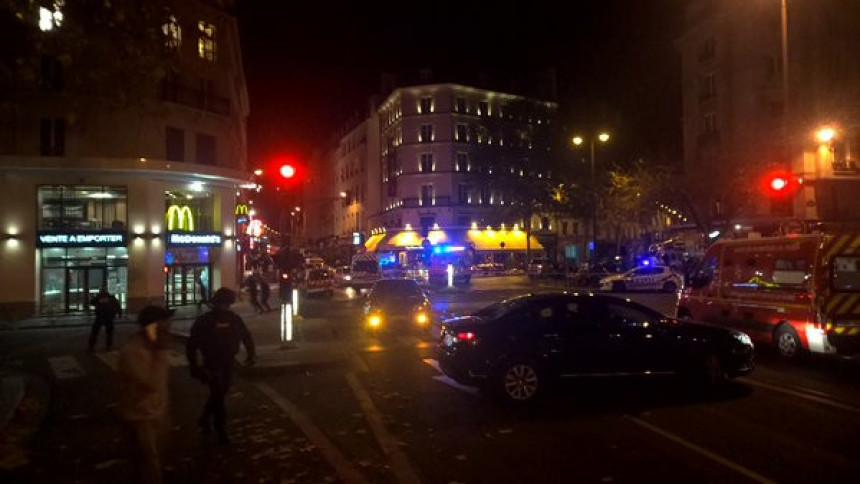 Serija koordinisanih oružanih napada i najmanje 160 mrtvih u centru Pariza