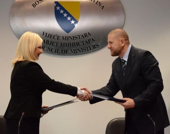 Dogovor: `Brza cesta` Sarajevo-Beograd