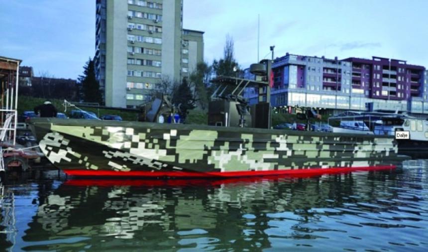 Prvi snimci srpskog borbenog čamca