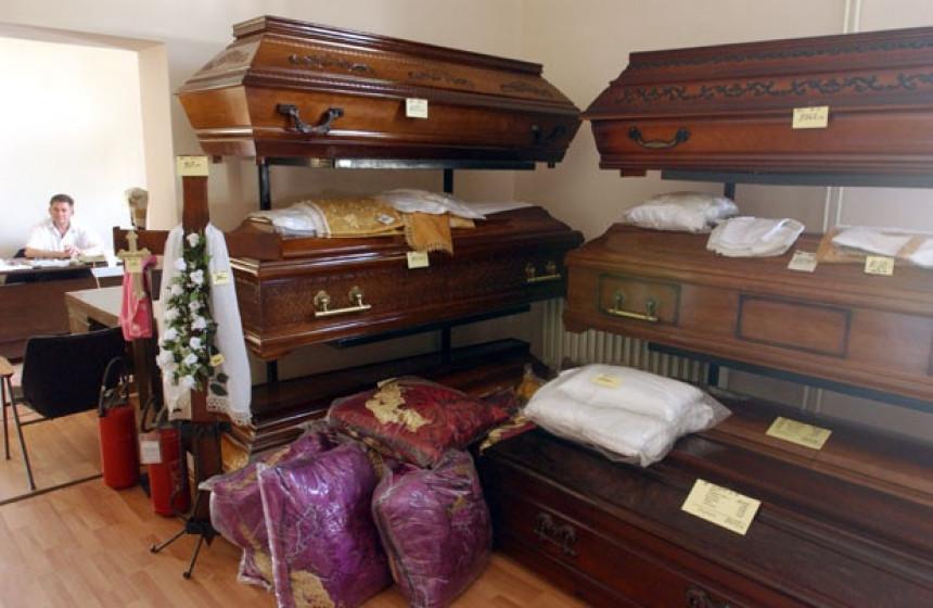 Jeftinije je umrijeti u Rimu nego u Beogradu