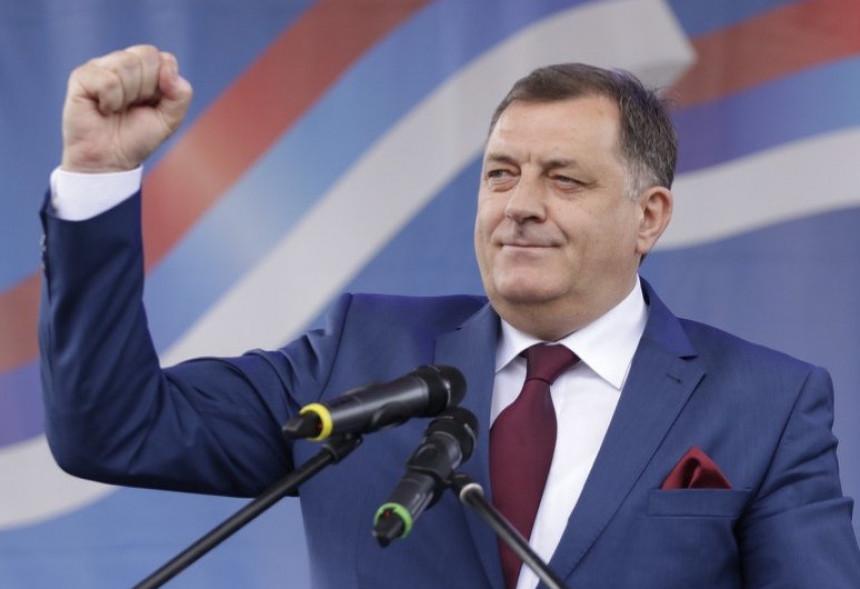 Dodik ponovo o referendumu