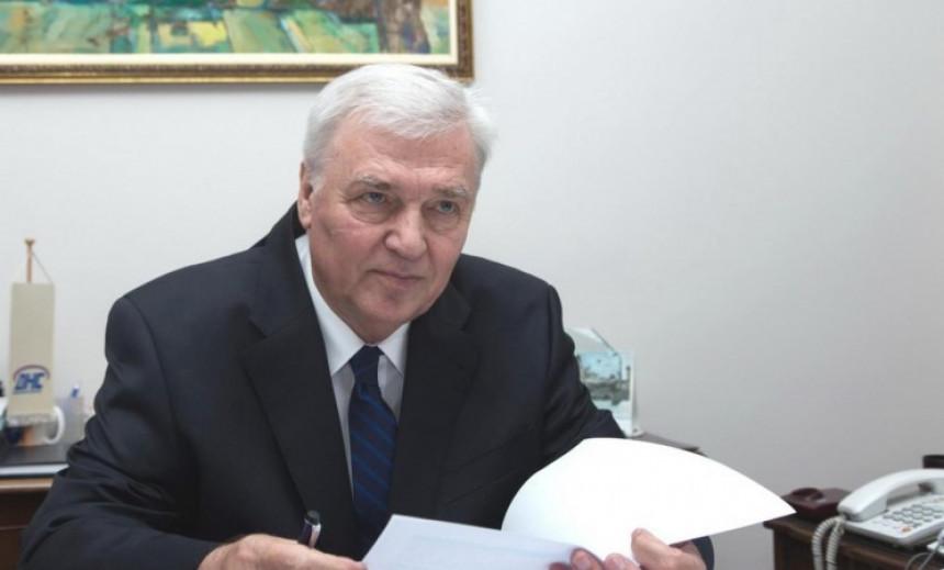 Павић: Тешке одлуке, морамо да пратимо Србију