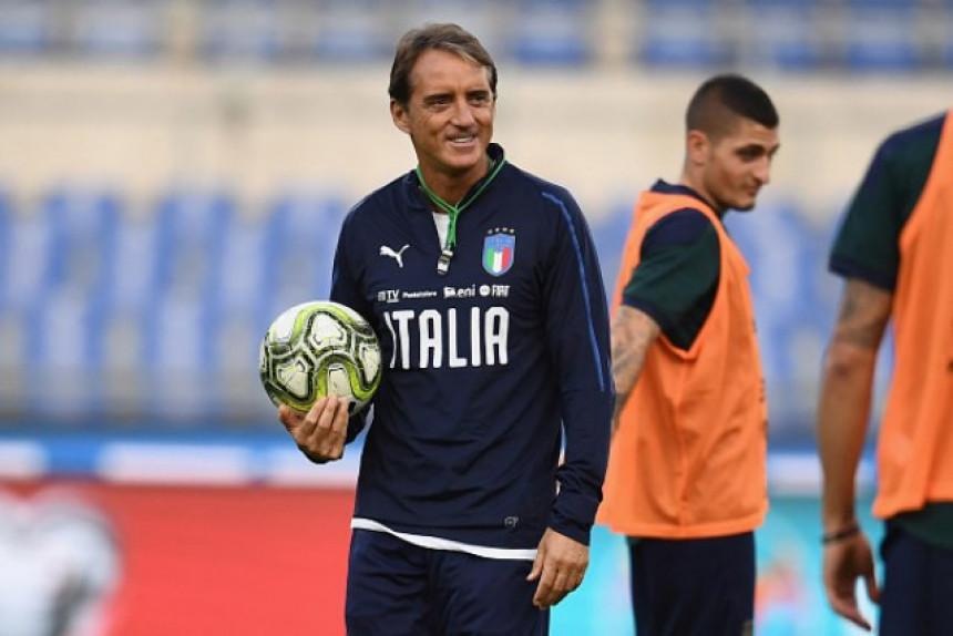 Mančini ostaje na kormilu Italije do 2022. godine!
