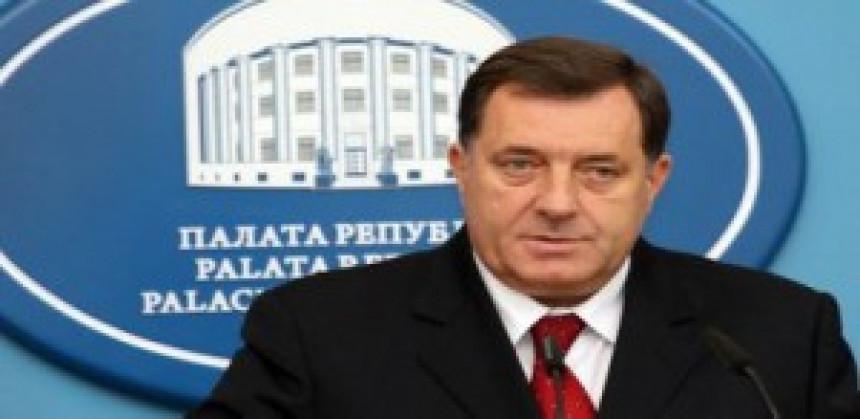 Dodik: Pritisci neće promiјeniti pravila za izbore u Srebrenici