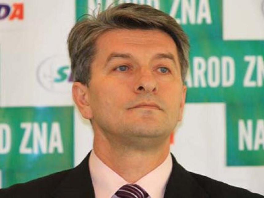 Mehmedović pušten na slobodu (VIDEO)