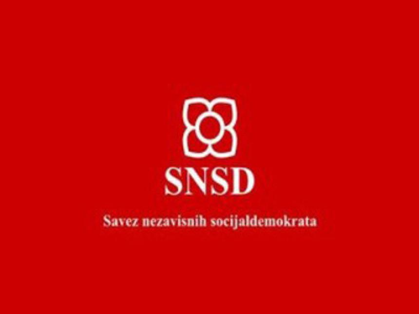 SNSD se pita ko je Igor Macanović?