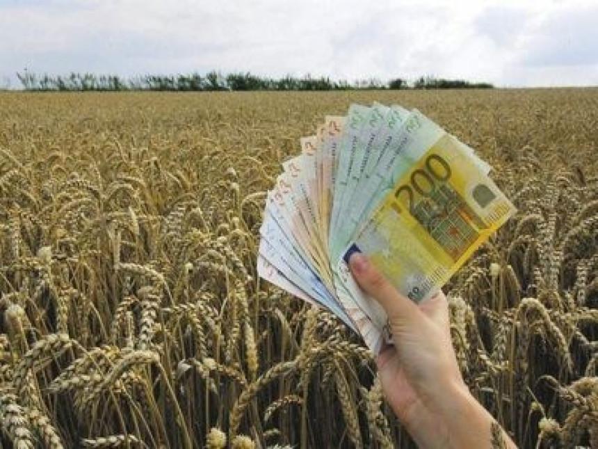 Poljoprivrednici će morati da plate osiguranje