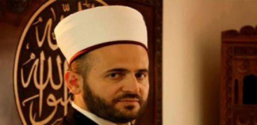 Žandarmerija pretresa kuću muftije Zukorlića