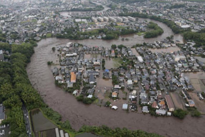 Japan: Naložena evakuacija 240.000 ljudi zbog nevremena
