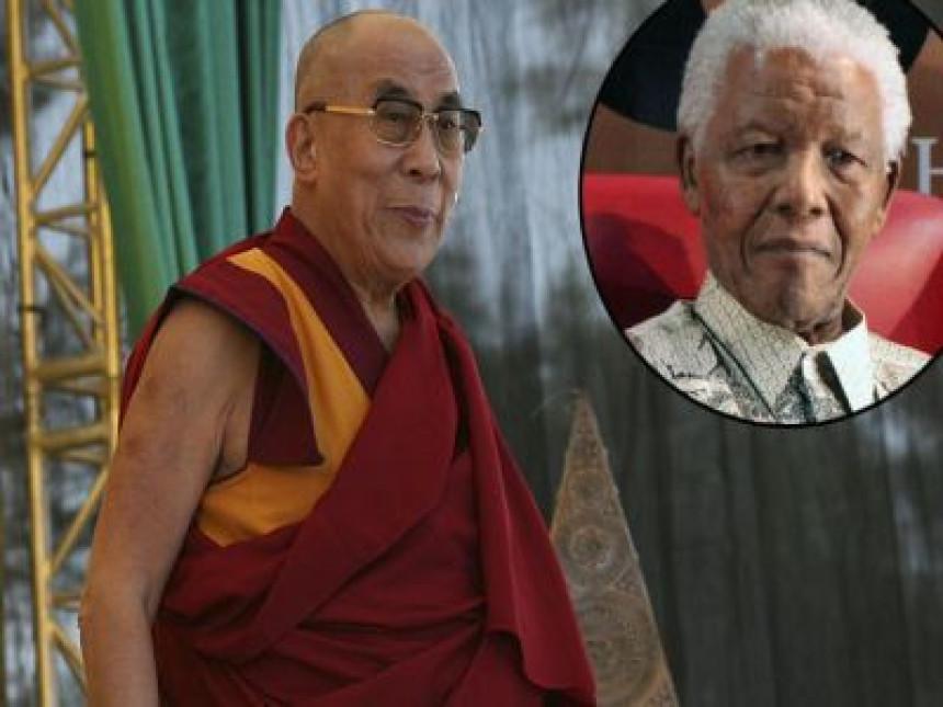 Далај Лама неће ићи на сахрану Манделе