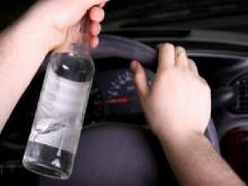 Svaki treći vozač pijan upravlja vozilom