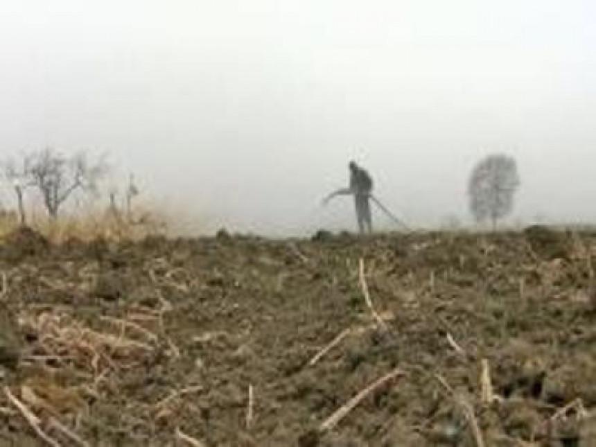 U BiH se i dalje smanjuje površina obradivog zemljišta