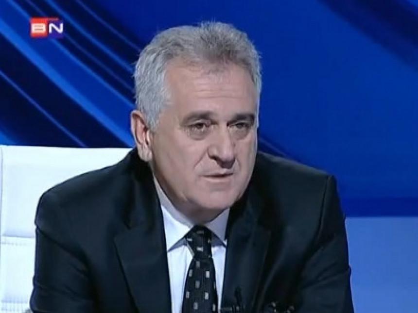 Nikolić: Može i bolja vlada