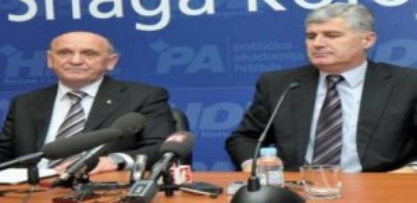 Čović i Tihić nastavljaju razgovore