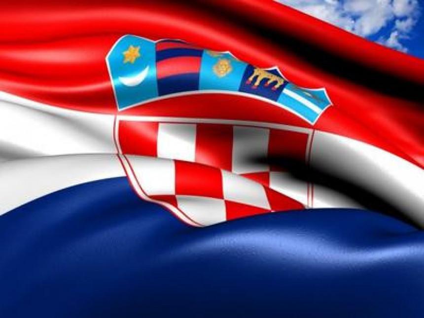 Hrvatska: Vladajućima pet odsto prednosti