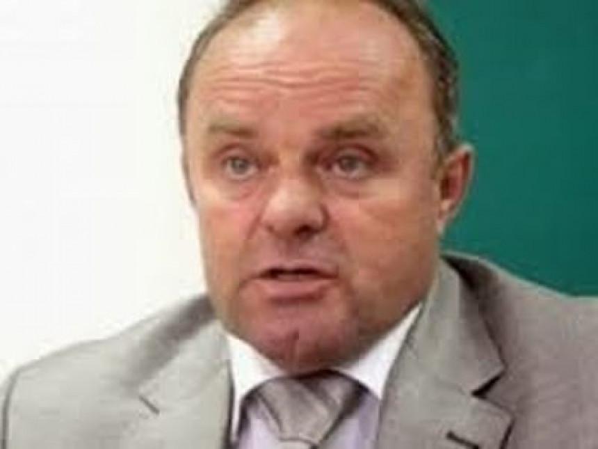 """Neđu Ilića štiti """"srbački klan""""; Jovičić radi Sizifov posao"""