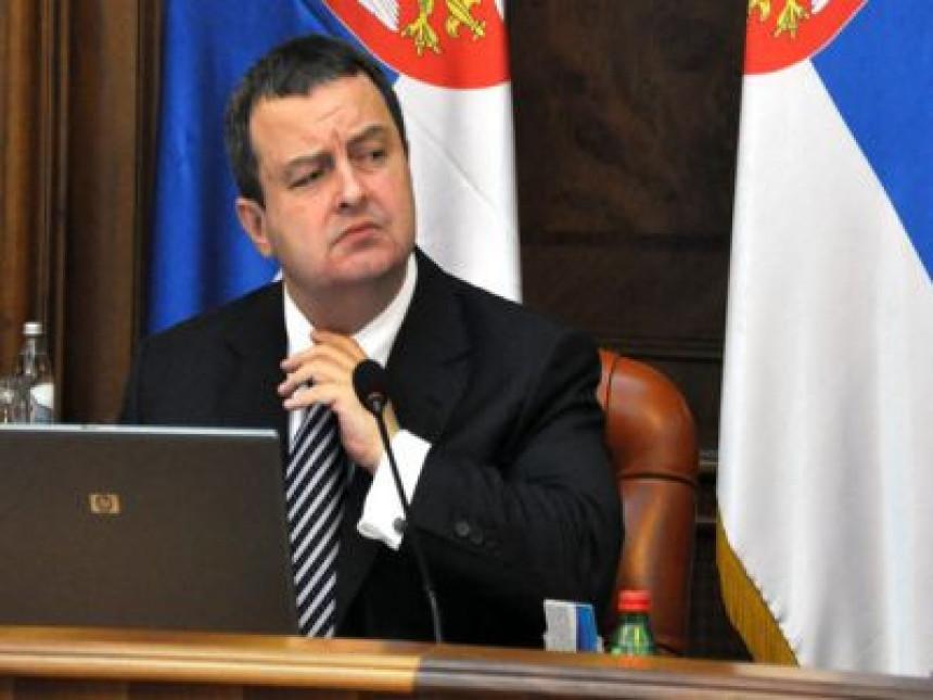 Srbija je imala preča posla od izbora