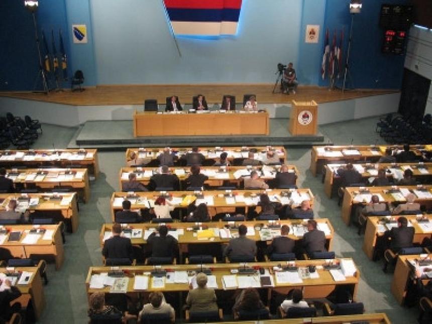 Parlament danas o unutrašnjem dugu RS