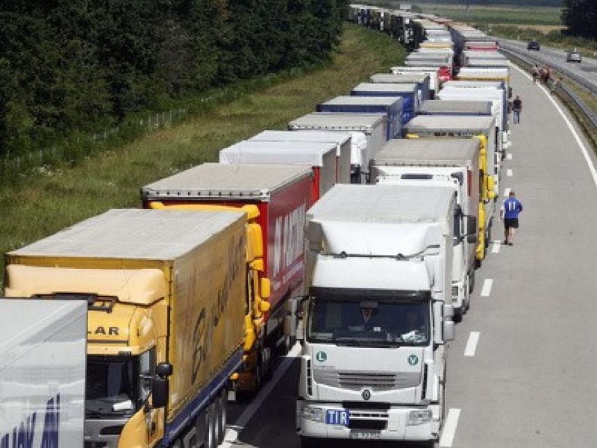 Prevoznici će opet u blokadu graničnih prelaza? (VIDEO)