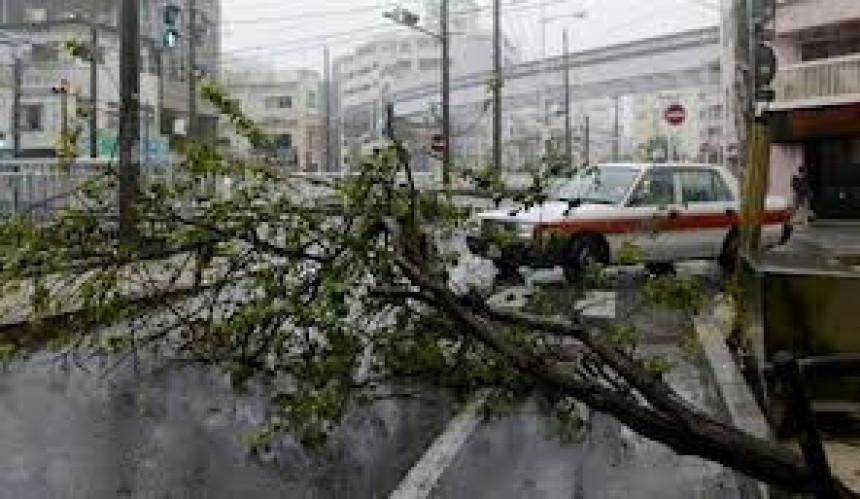 Токију прети снажан тајфун
