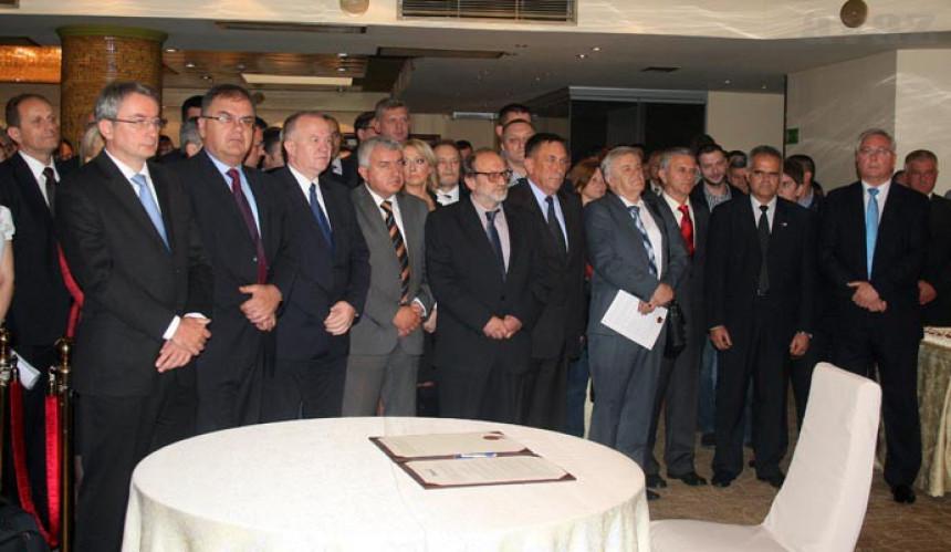 Može li Savez za promjene poraziti Dodika na izborima?