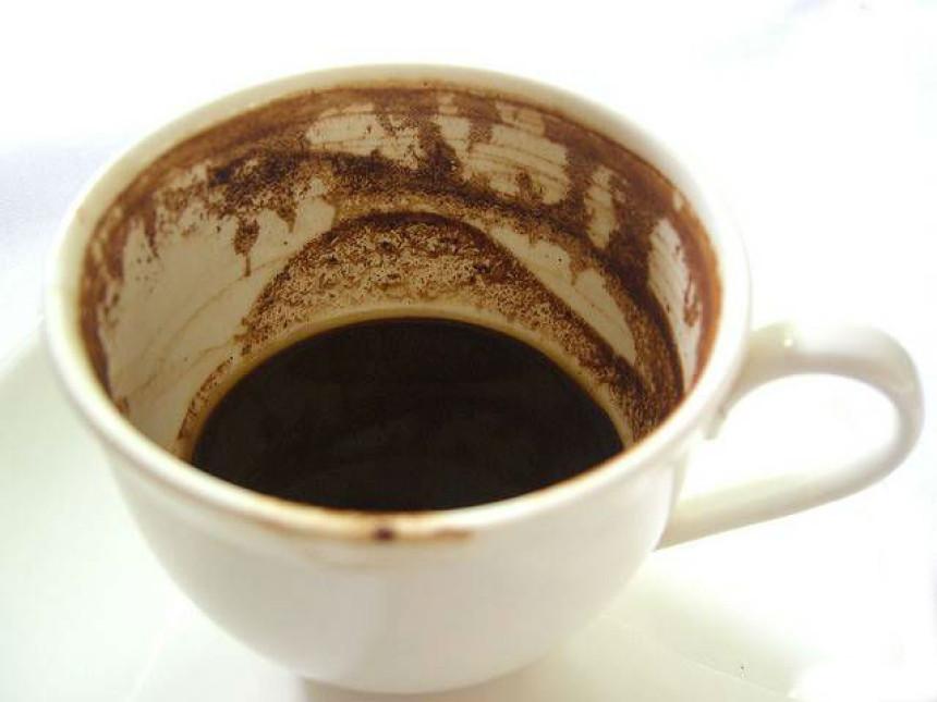 Ne bacajte toz od kafe