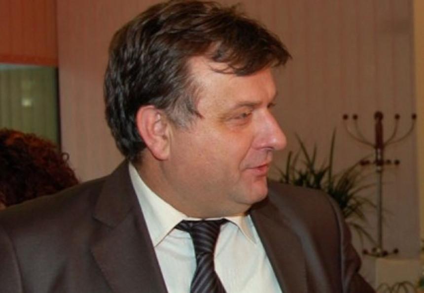 Čolović isključen iz SNSD-a