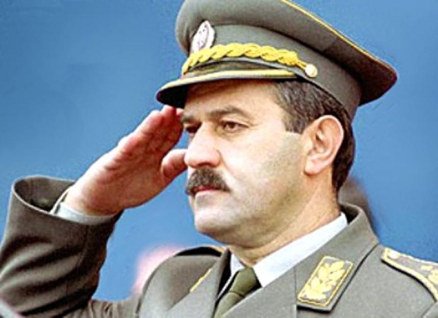 General Đukić napadnut i opljačkan