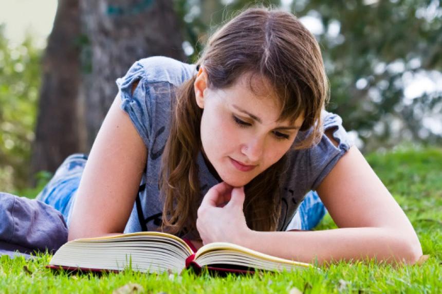Čitanje smanjuje stres