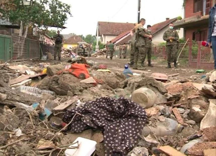Situacija u Šamcu i dalje kritična