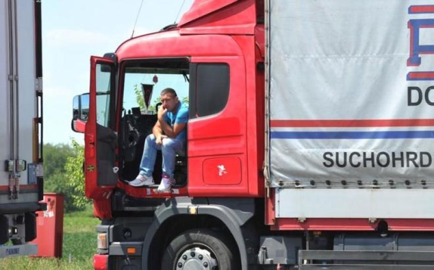 U Sloveniji posao nalaze vozači, u Njemačkoj njegovatelji