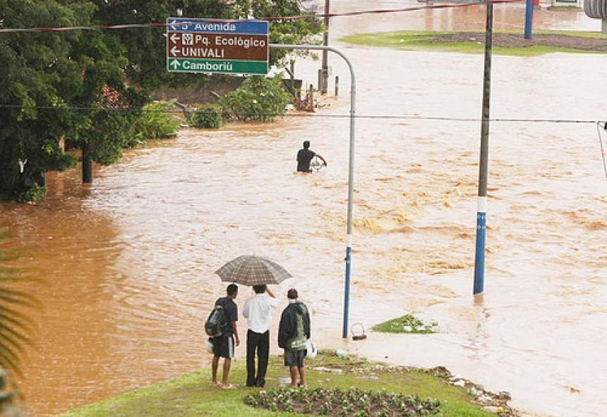 Brazil: Poplave raselile 18.000 ljudi
