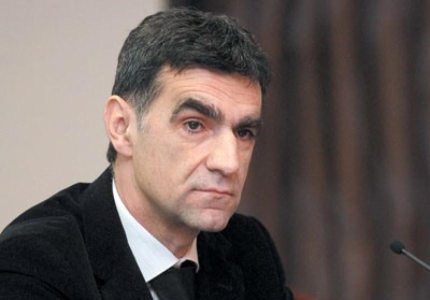 Dodik koristi novac građana Srpske za promociju SNSD-a