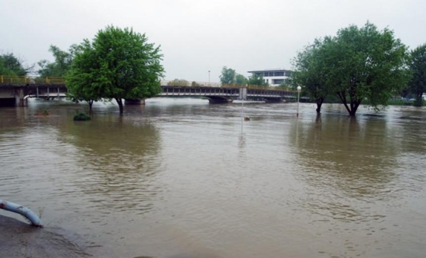 Poplave u Prijedoru, Gradiška u opasnosti