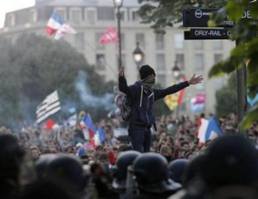 Neredi u Francuskoj