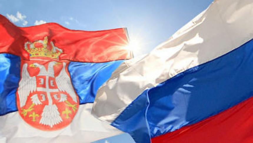 Na Sjevernom polu ruska i srpska zastava