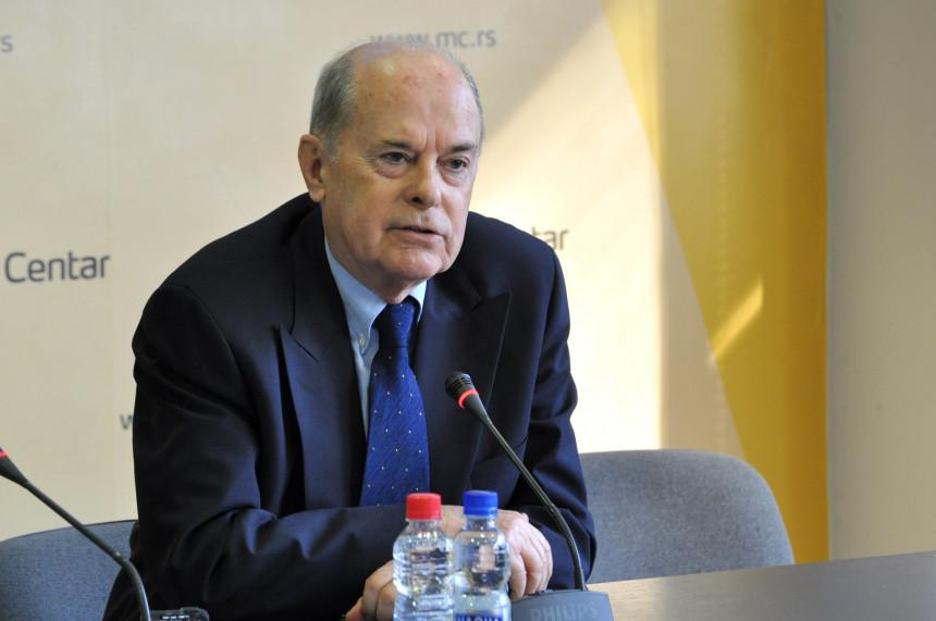 Pritisci da srpski zvaničnici dođu u Srebrenicu