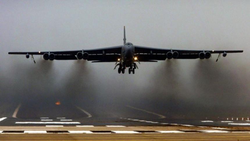 Američki bombarderi stigli u Evropu