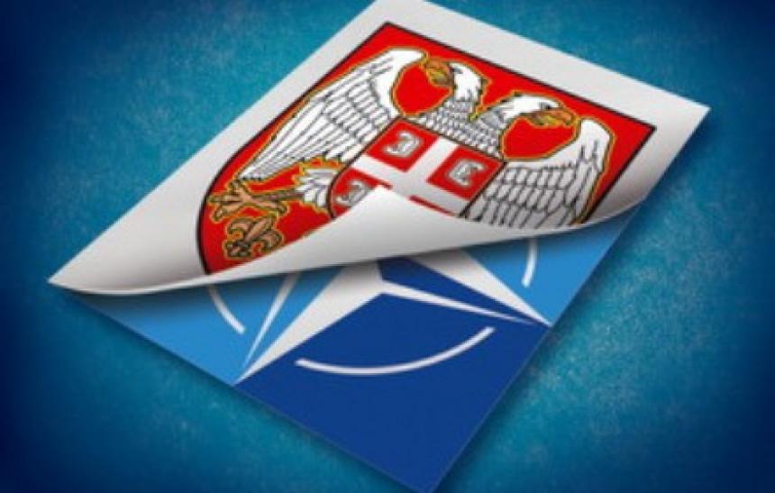 Mane i vrline ulaska Srbije u NATO