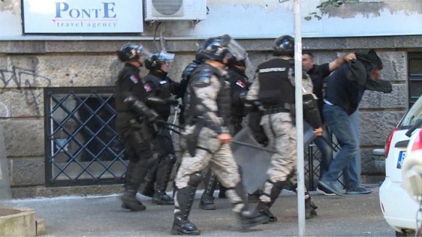 Negirali krivicu za napad na Vučića