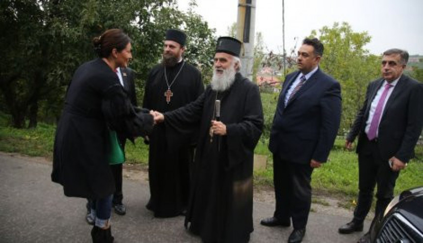 Ceca pomaže u obnovi manastira Rajinovac