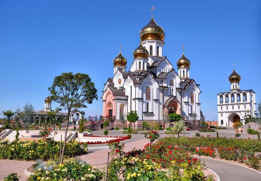 Bijeljina: Srpski hram kao iz srca Rusije
