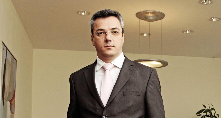 Poistovjećivanje interesa SNSD-a sa interesima Srpske ozbiljna smetnja